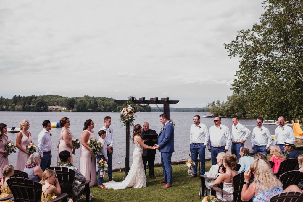 Bonnieview Inn Wedding - lakefront ceremony